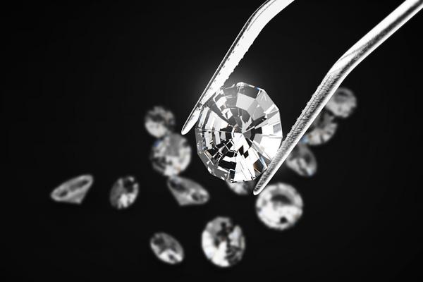 ダイヤモンドの色
