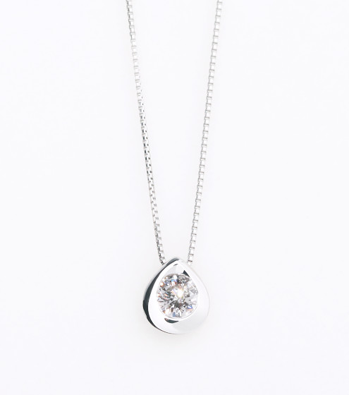 Drop motif diamond
